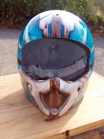 casque-biomecanique-os-alien-custom-aerographie (5)