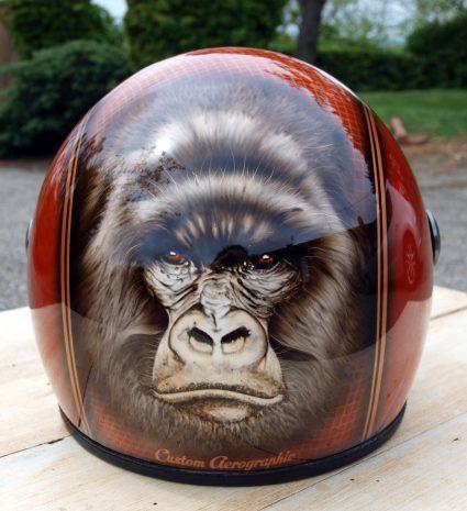 casque-gorille-gorille-orange-paillette-custom-aerographie (1)