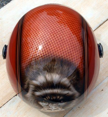 casque-gorille-gorille-orange-paillette-custom-aerographie (2)