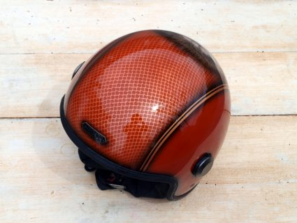 casque-gorille-gorille-orange-paillette-custom-aerographie (3)