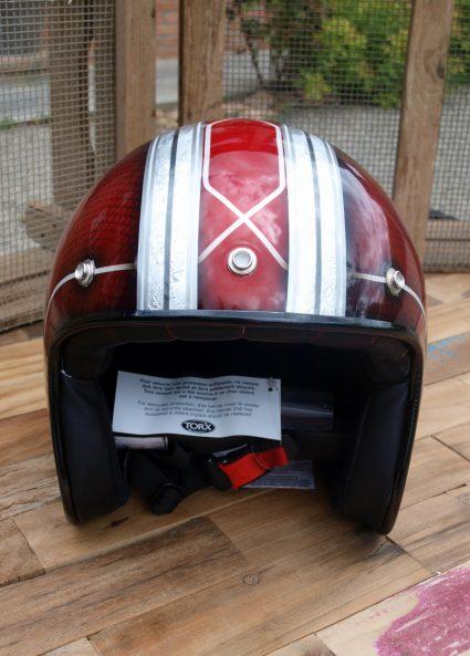 casque-gorille-rouge-custom-aerographie (5)