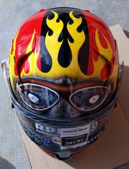 casque-sport-flammes-custom-aerographie (5)