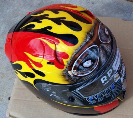 casque-sport-flammes-custom-aerographie (6)