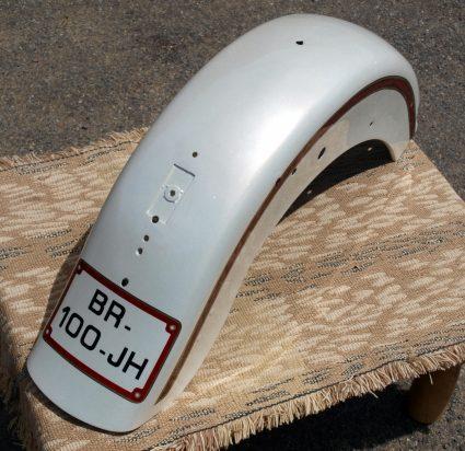garde-boue-harley-davidson-blanc-creme-nacre-dore-custom-aerographie (7)