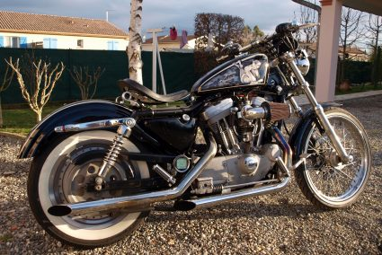 harley-davidson-dentelle-noir-blanc-vintage-pin-up-custom-aerographie (8)