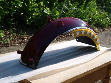 headbang-rouge-or-flake-custom-aerographie (10)