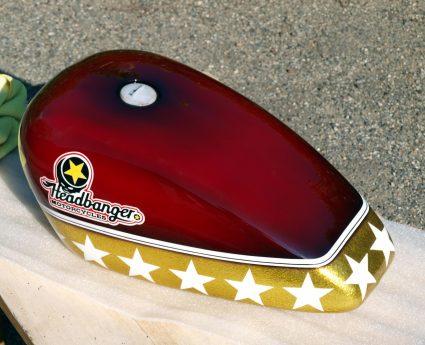 headbang-rouge-or-flake-custom-aerographie (12)