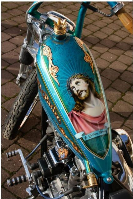 odissey-motorcycle-el-padre-jesus-kos-thor-custom-aerographie (1)