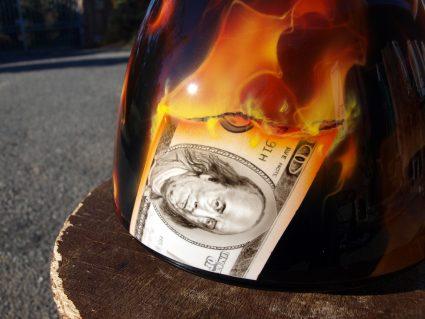 phare-flamming-flammes-dollars-harkey-davidson-custom-aerographie (12)
