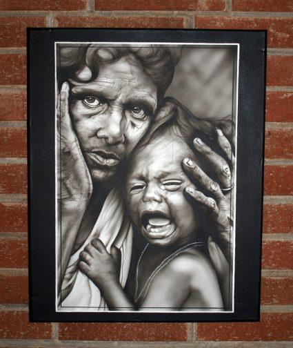 tableau-portrait-noir-blanc-indy-enfant-pleure-custom-aerographie (1)