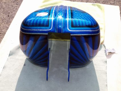 triumph-bleu-flake-lowrider-custom-aerographie (6)