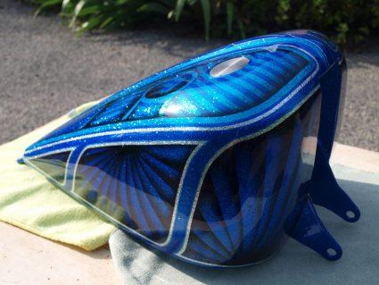 triumph-bleu-flake-lowrider-custom-aerographie (7)